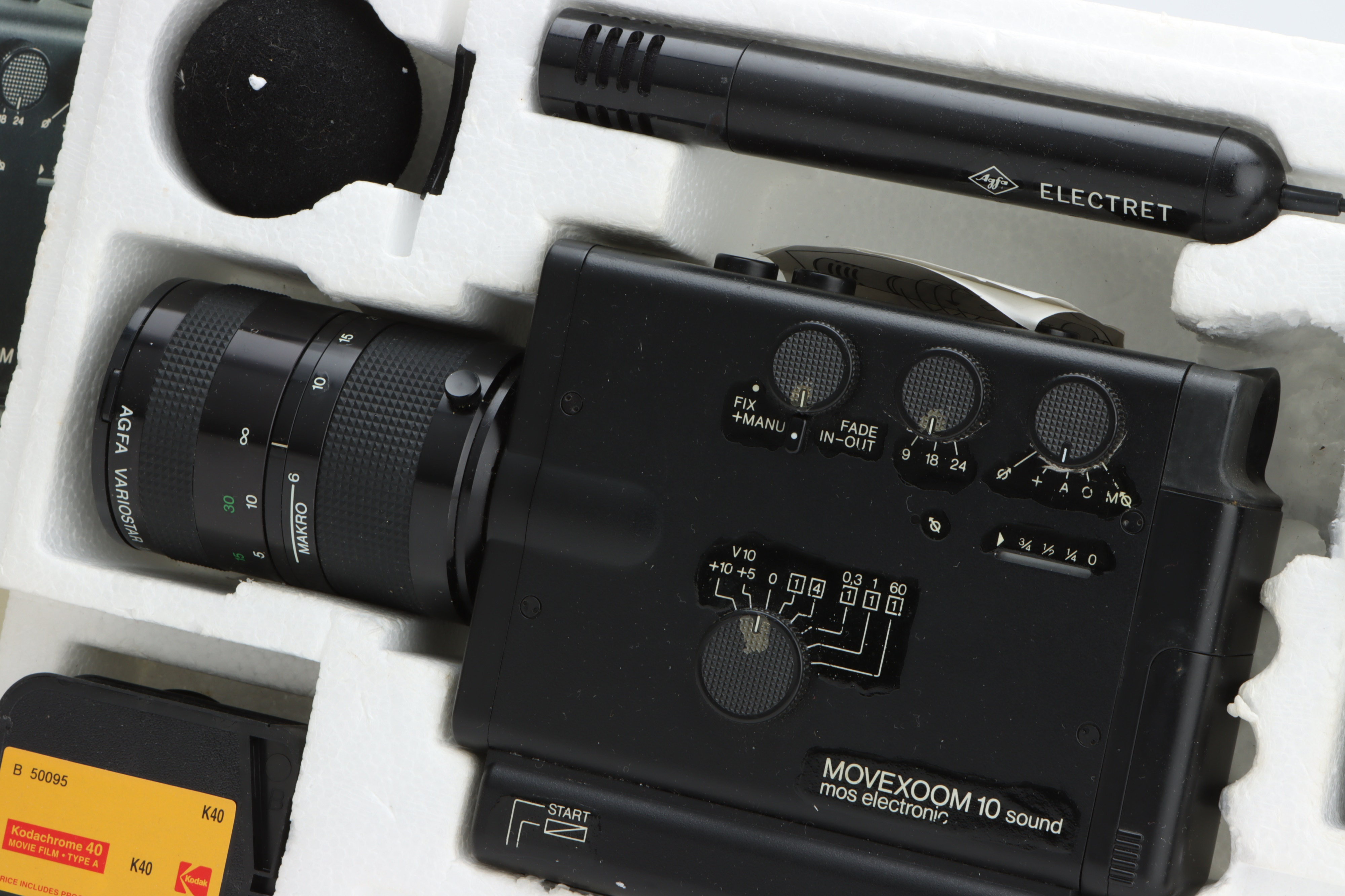 An Agfa Movexoom 10 Sound Video Camera, - Image 2 of 2
