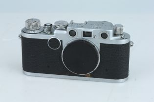 A Leica IIF Red Dial Rangefinder Body,