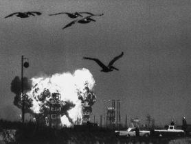 Glinn (Burt) The U.S. Navy Vanguard TV3 explodes at Cape Canaveral, 6 December 1957.