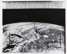 Tiros.- Earth views taken by the U.S. observation satellites Tiros I, III, IV and V, 1960-62, …