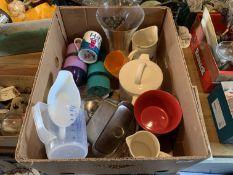 Box of kitchenalia