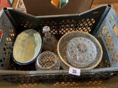 Box of glassware etc