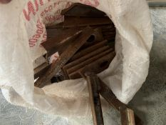 2 bags of jigs for weld on furrow splitters, Dowdeswell/Kverneland
