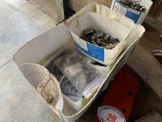 Tub of nuts & bolts, Kverneland