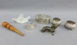 Mixed lot to include a pair of Eastern white metal salts, Viners silver plated trinket box, white