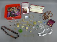 A quantity of costume jewellery together with Majorca pearls, etc (a lot)