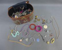 A quantity of costume jewellery, etc (a lot)