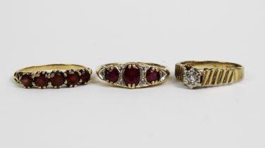 Three 9ct gold gemset rings (3)