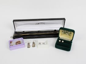 Mixed lot to include a pair of pearl stud earrings, yellow metal gemset brooch, 14ct gold chain