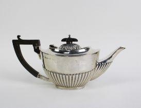Edwardian silver Bachelors teapot, Birmingham 1906