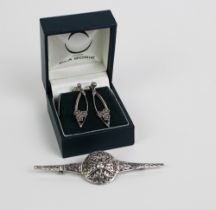Ola Gorie silver earrings and a silver celtic knot brooch (2)