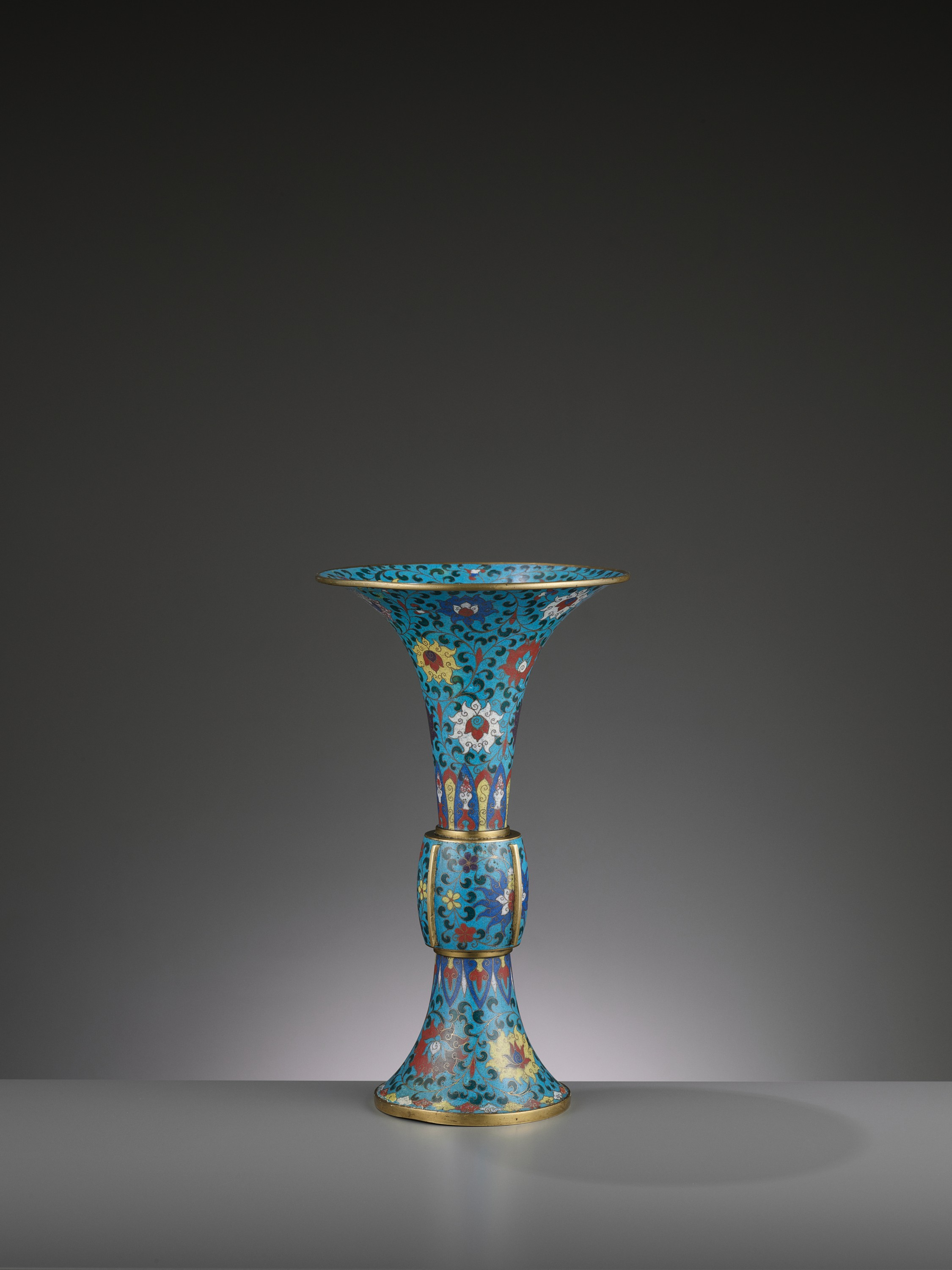A LARGE CLOISONNE AND GILT-BRONZE GU, QING DYNASTY - Image 2 of 6
