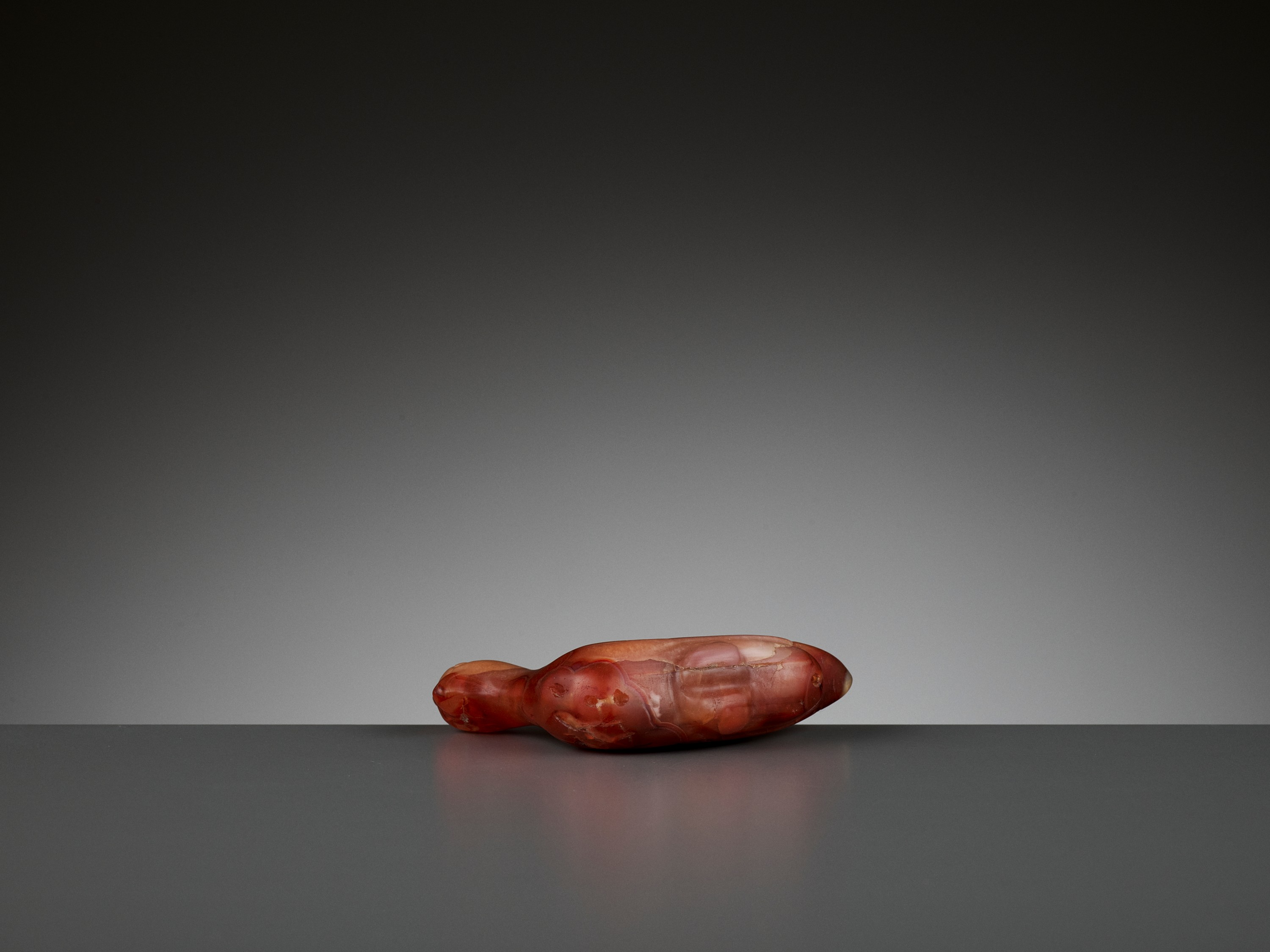 A CARNELIAN 'ROOSTER' PENDANT, 1ST MILLENNIUM AD - Image 7 of 8