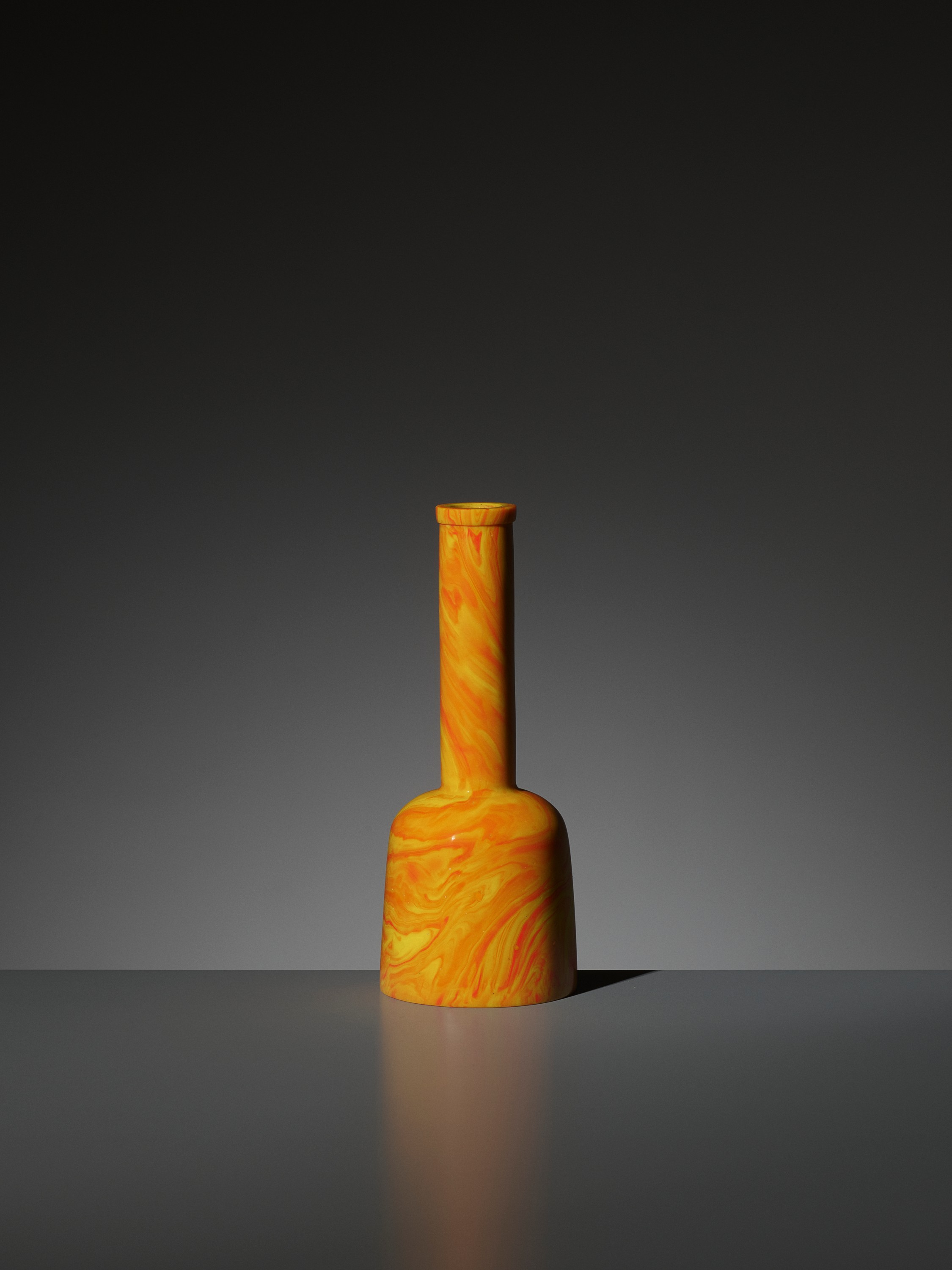 AN IMPERIAL 'REALGAR' GLASS MALLET VASE, QIANLONG MARK AND PERIOD - Image 6 of 9
