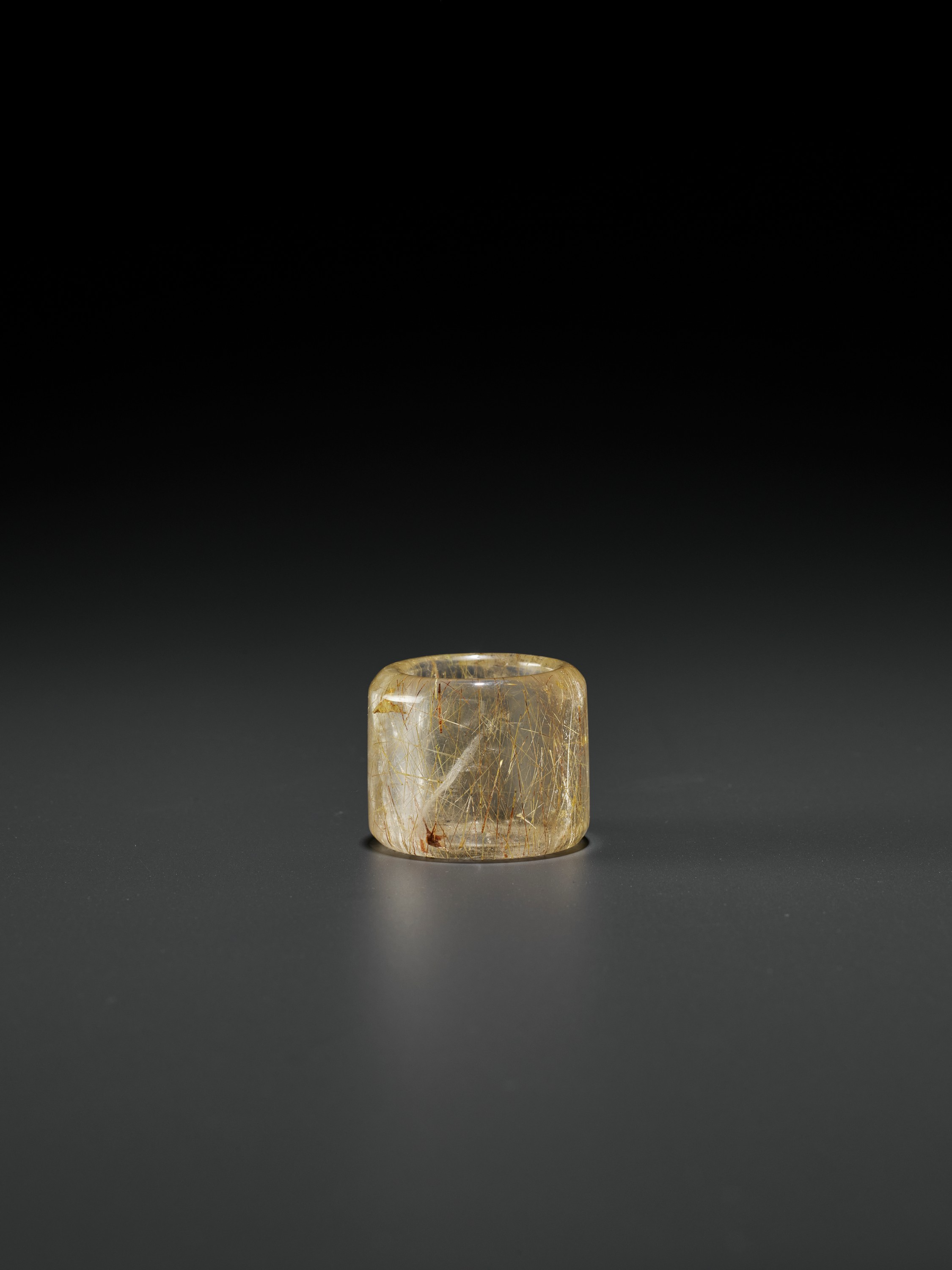 A 'HAIR' CRYSTAL ARCHER'S RING, QING DYNASTY - Image 4 of 9