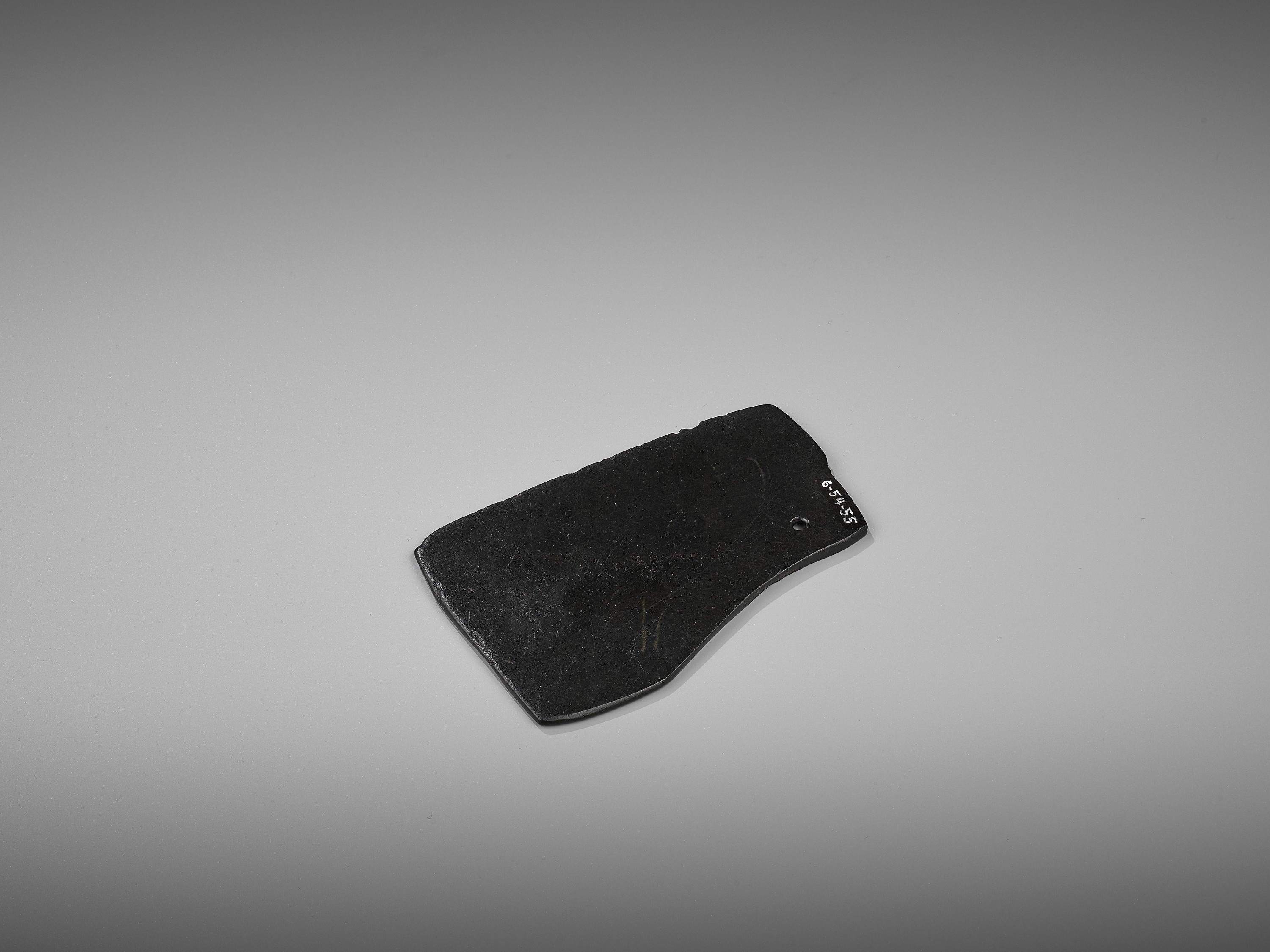 A BLACK JADE AXE, 2ND MILLENNIUM BC - Image 5 of 7