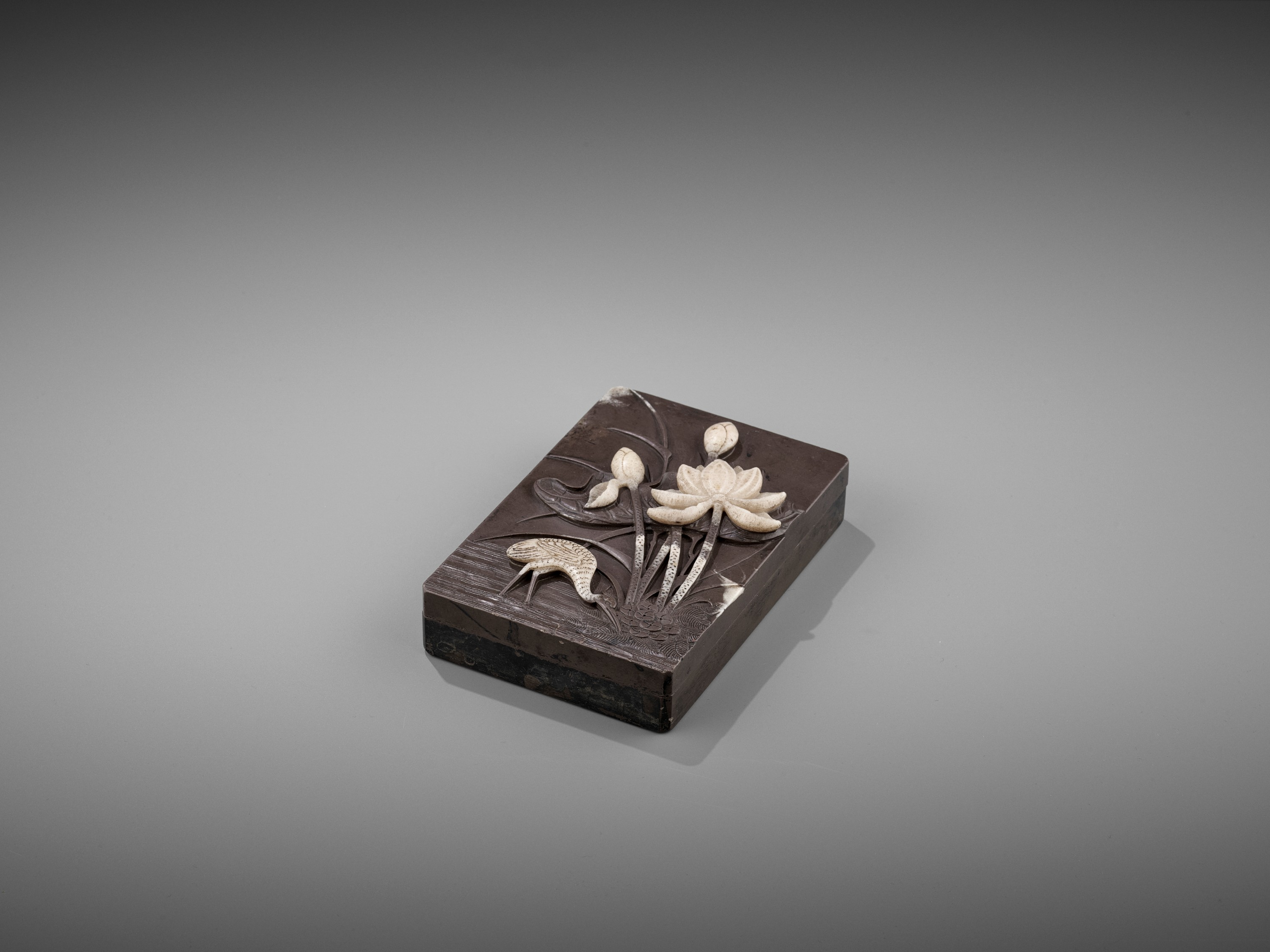 A DUAN 'CRANE AND LOTUS' INKSTONE AND COVER, QING - Image 8 of 12