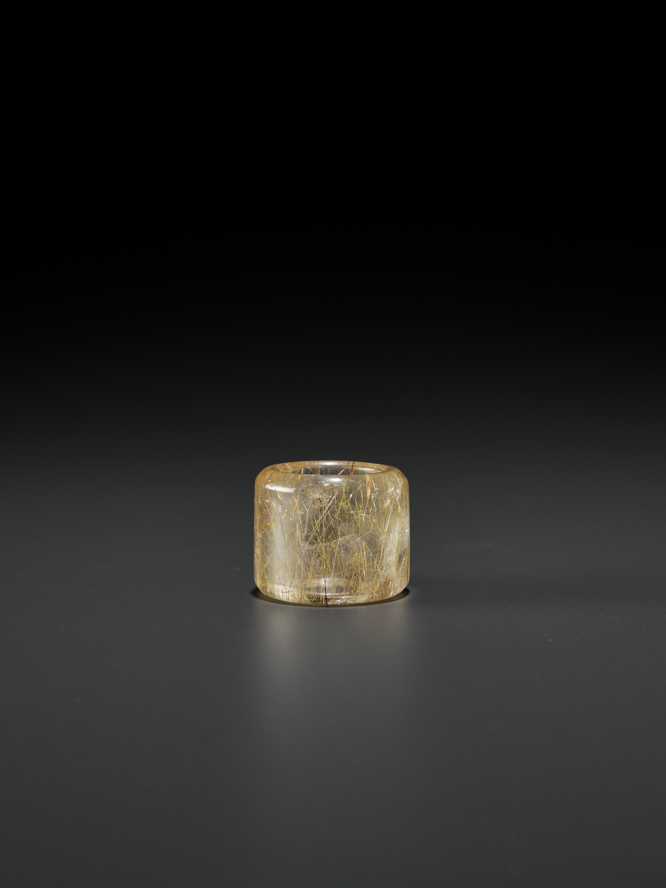 A 'HAIR' CRYSTAL ARCHER'S RING, QING DYNASTY - Image 6 of 9