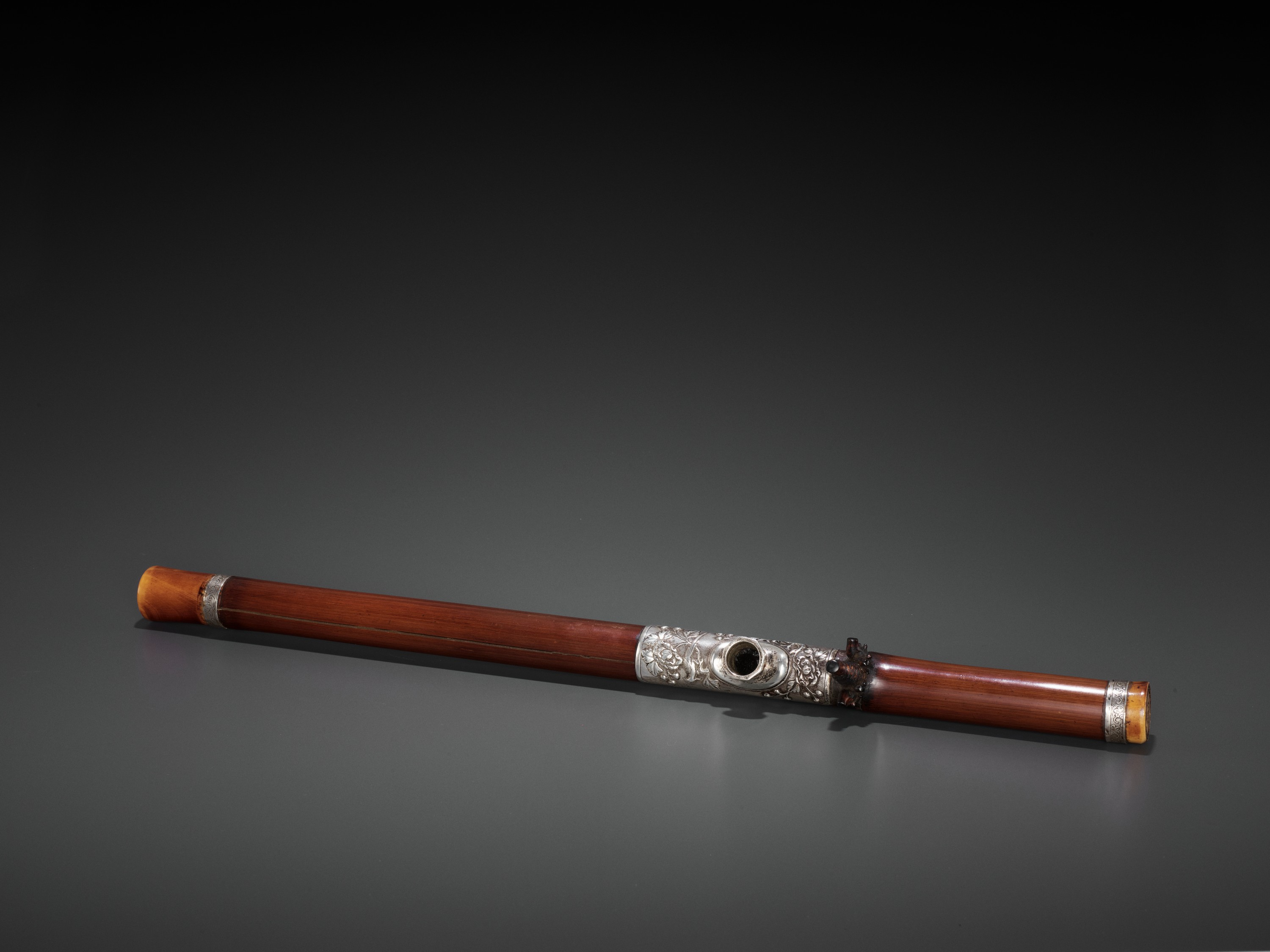A BAMBOO OPIUM PIPE WITH IVORY, SILVER AND YIXING CERAMIC FITTINGS, LATE QING TO REPUBLIC - Image 4 of 9
