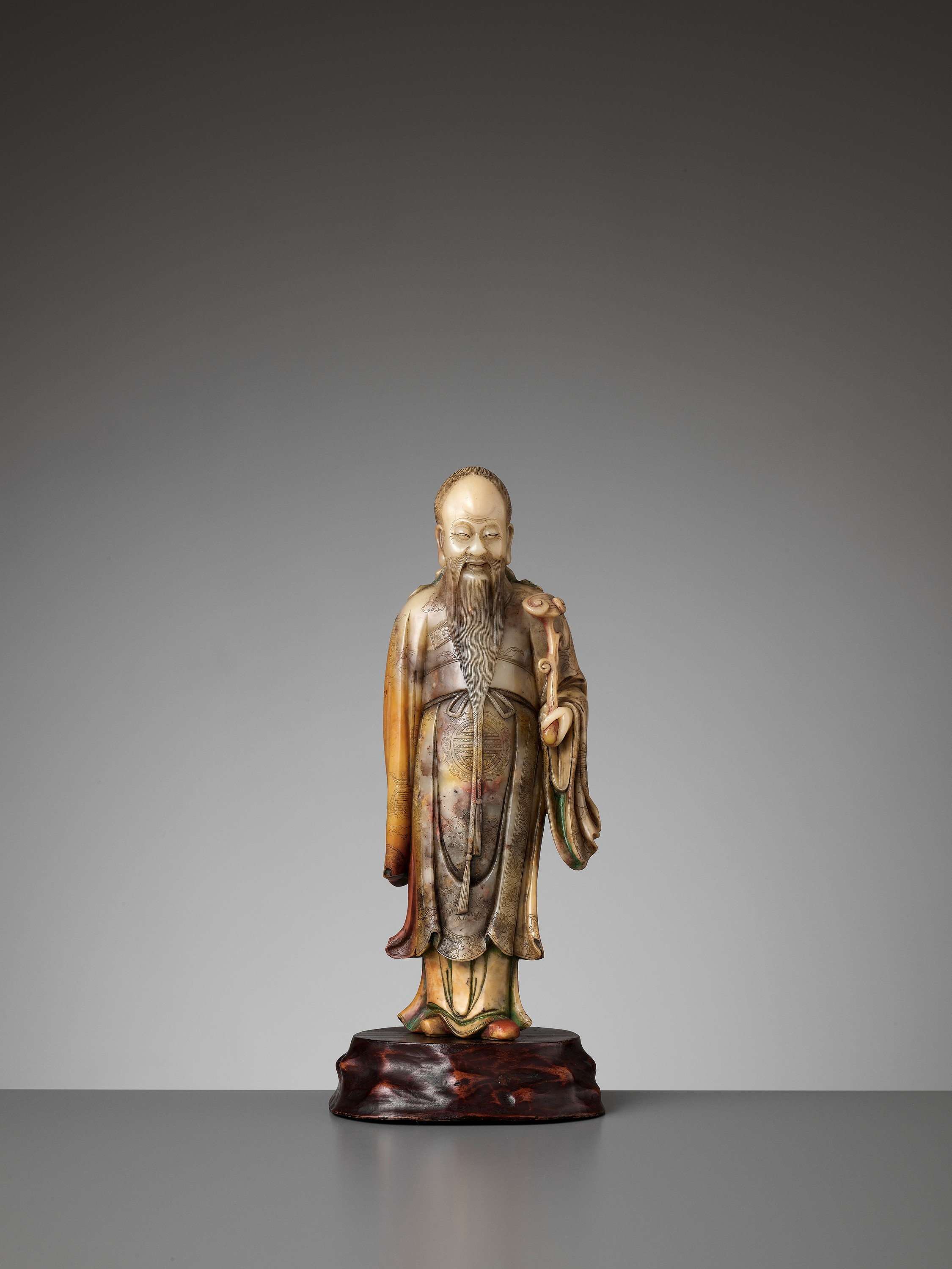A CARVED SOAPSTONE FIGURE OF SHOULAO, MID-QING - Image 3 of 13