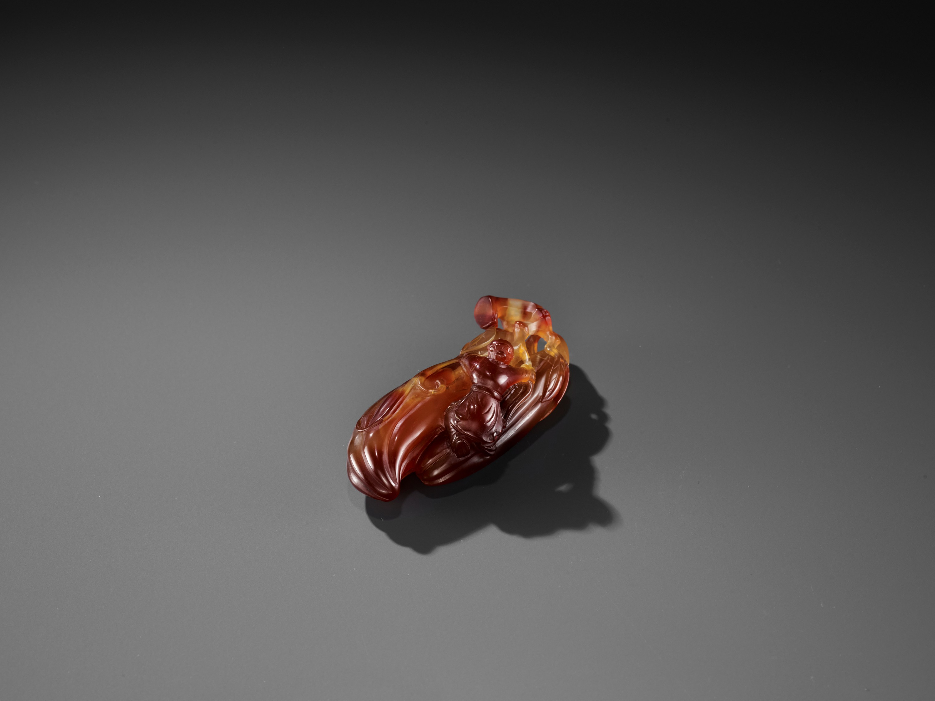A FINE AGATE 'MELON AND BOY' GROUP, QING - Image 5 of 9