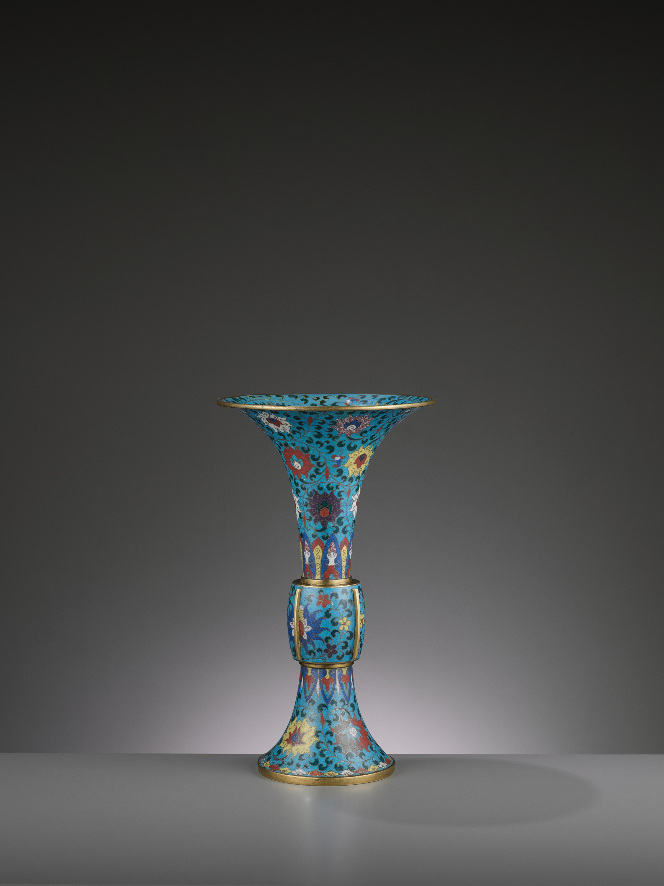 A LARGE CLOISONNE AND GILT-BRONZE GU, QING DYNASTY - Image 3 of 6