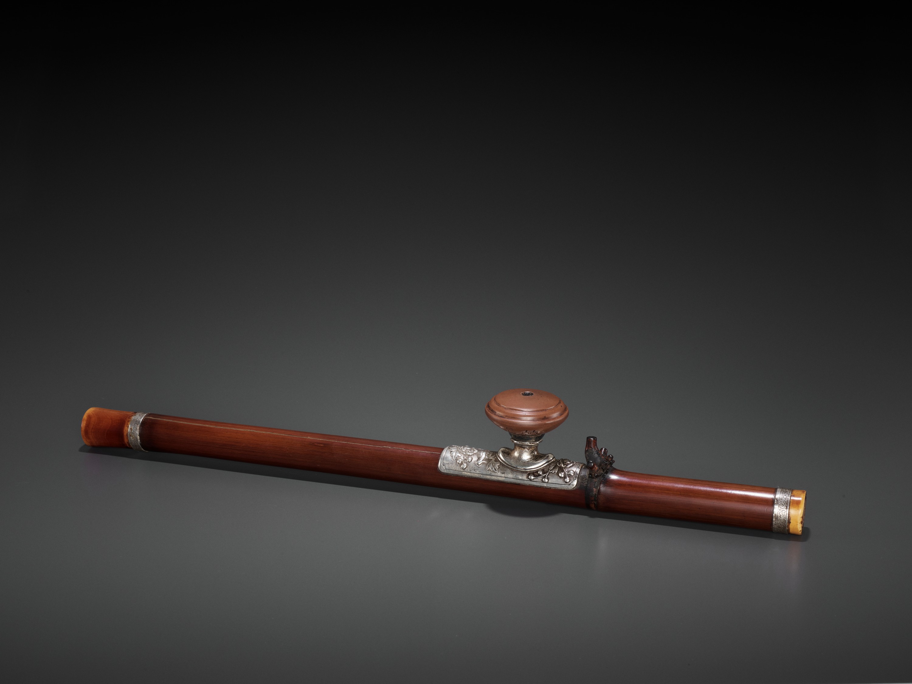 A BAMBOO OPIUM PIPE WITH IVORY, SILVER AND YIXING CERAMIC FITTINGS, LATE QING TO REPUBLIC - Image 2 of 9