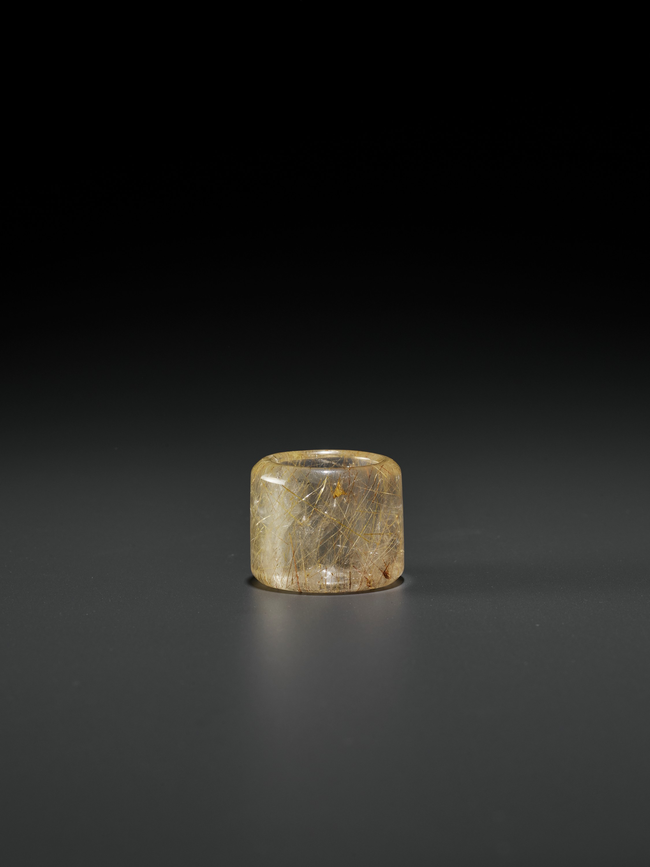 A 'HAIR' CRYSTAL ARCHER'S RING, QING DYNASTY - Image 8 of 9