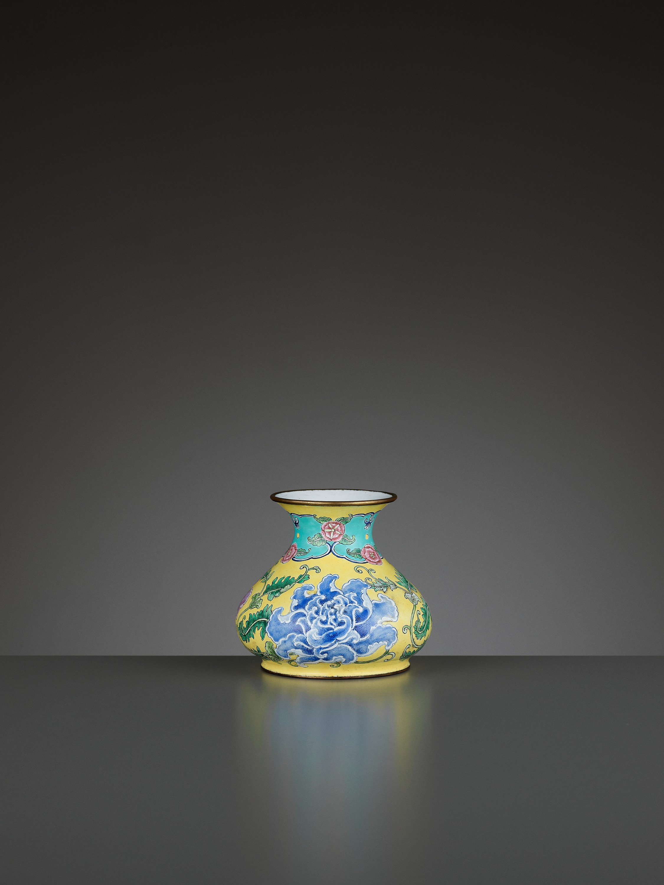 A BEIJING ENAMEL ON COPPER 'PEONIES' WATER POT, QIANLONG MARK AND PERIOD - Image 6 of 11