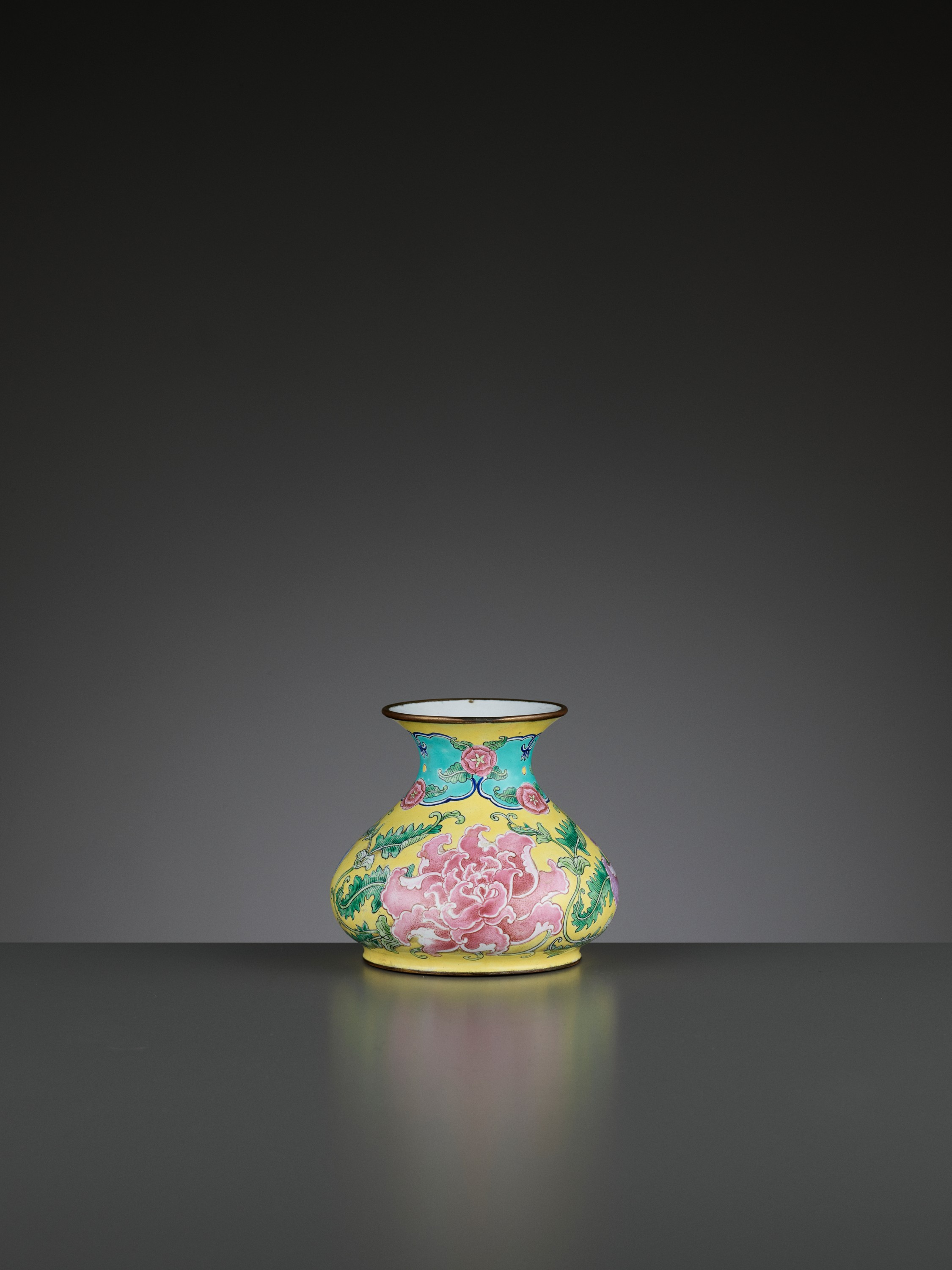 A BEIJING ENAMEL ON COPPER 'PEONIES' WATER POT, QIANLONG MARK AND PERIOD - Image 8 of 11