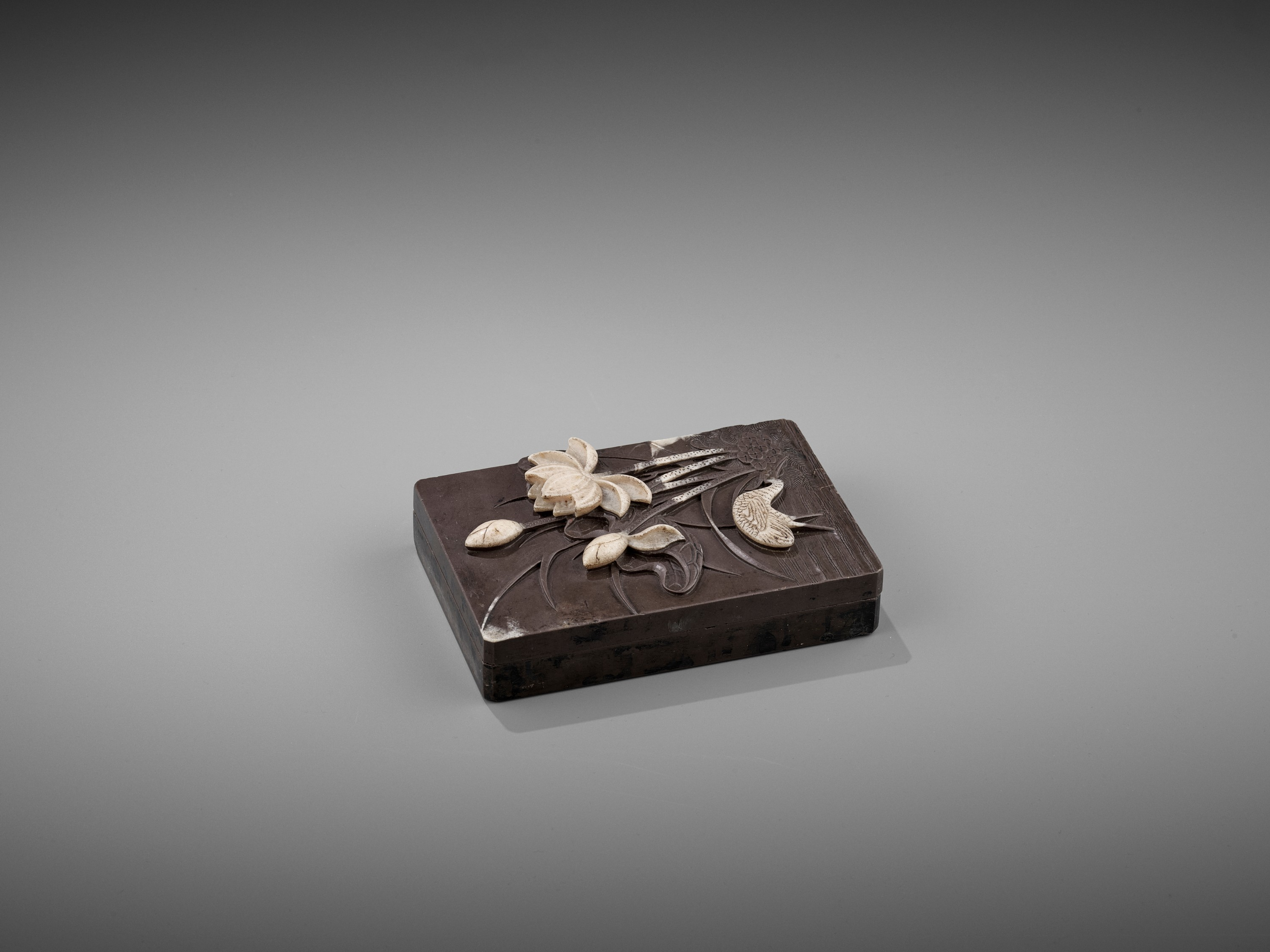A DUAN 'CRANE AND LOTUS' INKSTONE AND COVER, QING - Image 10 of 12