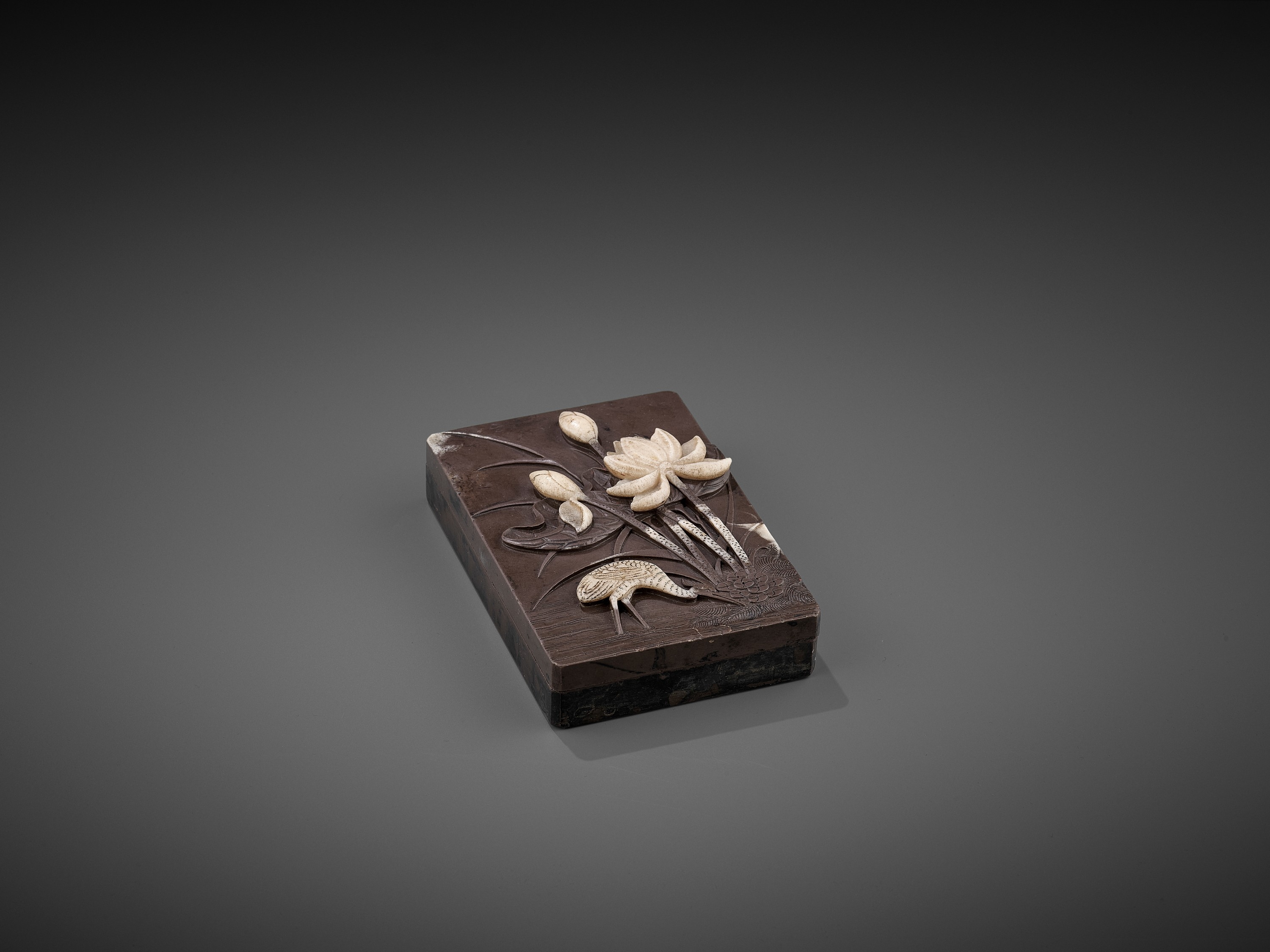 A DUAN 'CRANE AND LOTUS' INKSTONE AND COVER, QING - Image 2 of 12