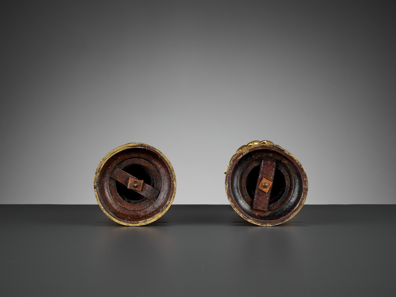 TWO BUDDHIST EMBLEMS, CLOISONNE ENAMEL AND GILT-BRONZE, QIANLONG PERIOD - Image 10 of 12
