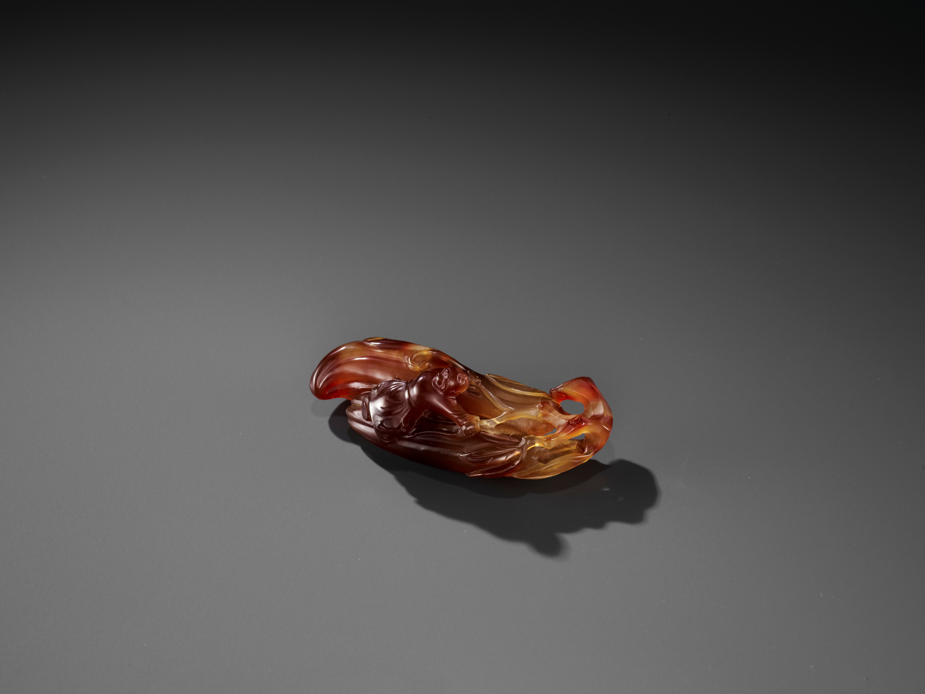 A FINE AGATE 'MELON AND BOY' GROUP, QING - Image 4 of 9