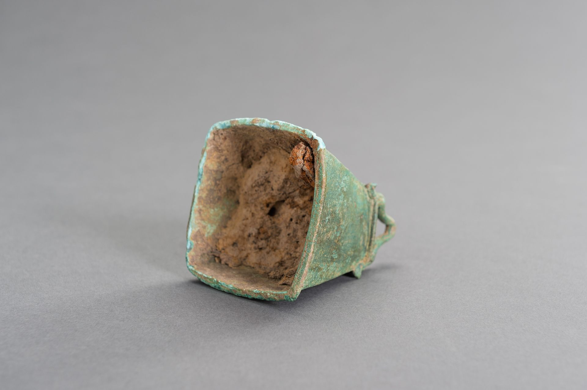A SMALL BRONZE BELL - Image 9 of 9