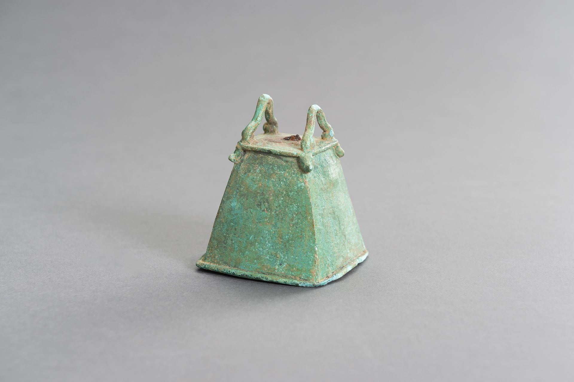 A SMALL BRONZE BELL - Image 2 of 9