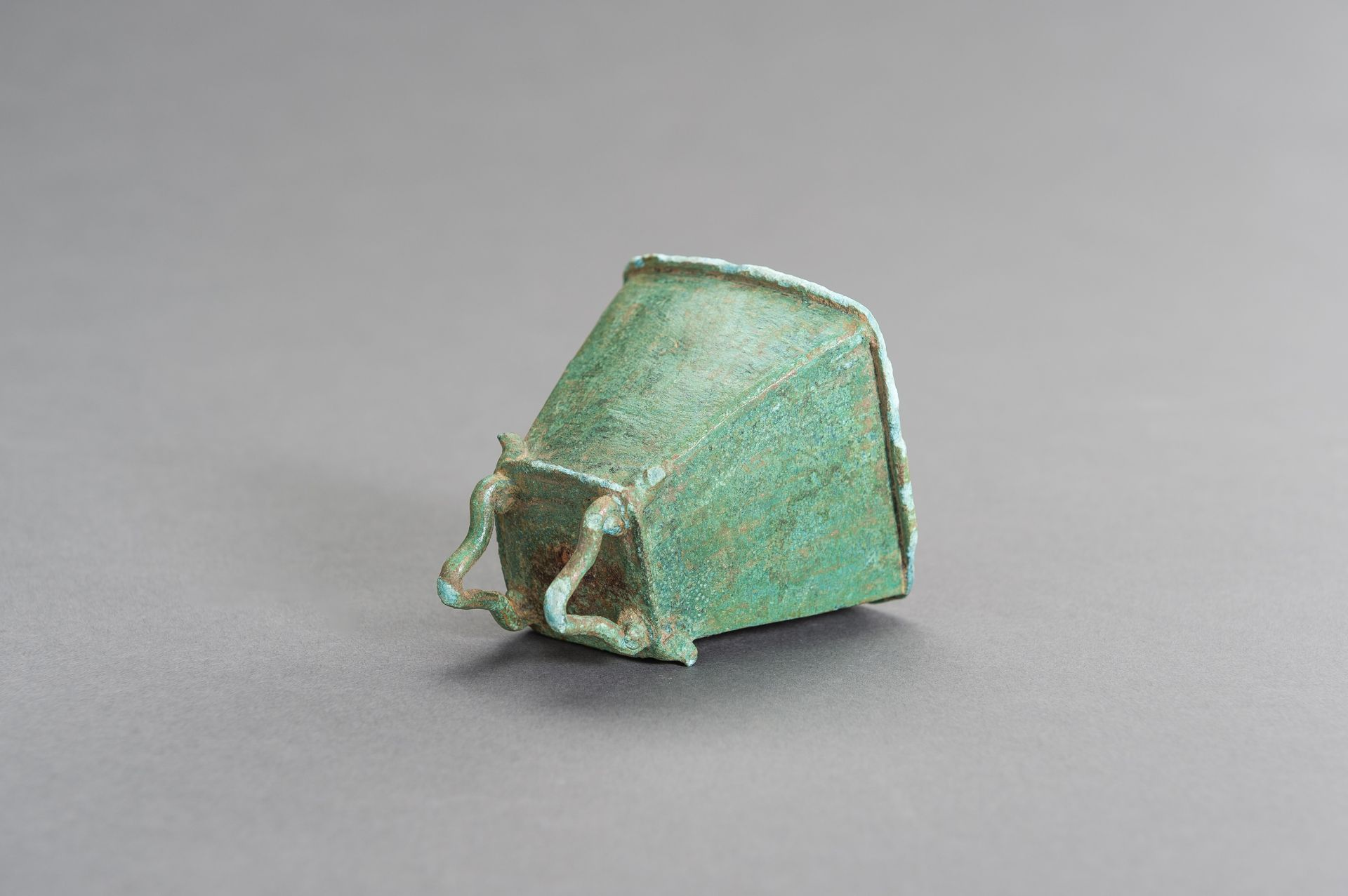 A SMALL BRONZE BELL - Image 5 of 9