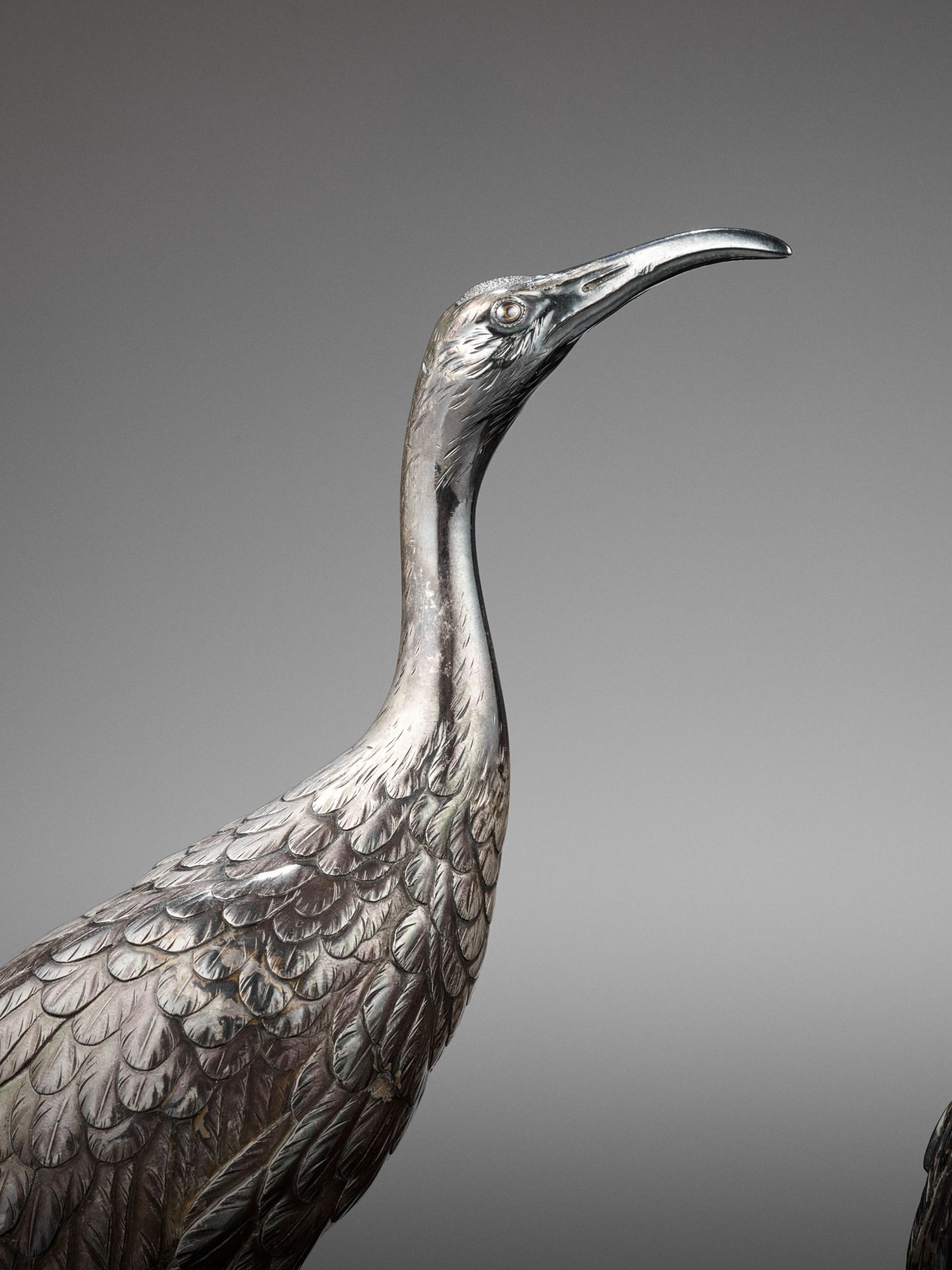MUSASHIYA: A FINE AND RARE SILVERED OKIMONO OF A PAIR OF CRANES - Image 2 of 11