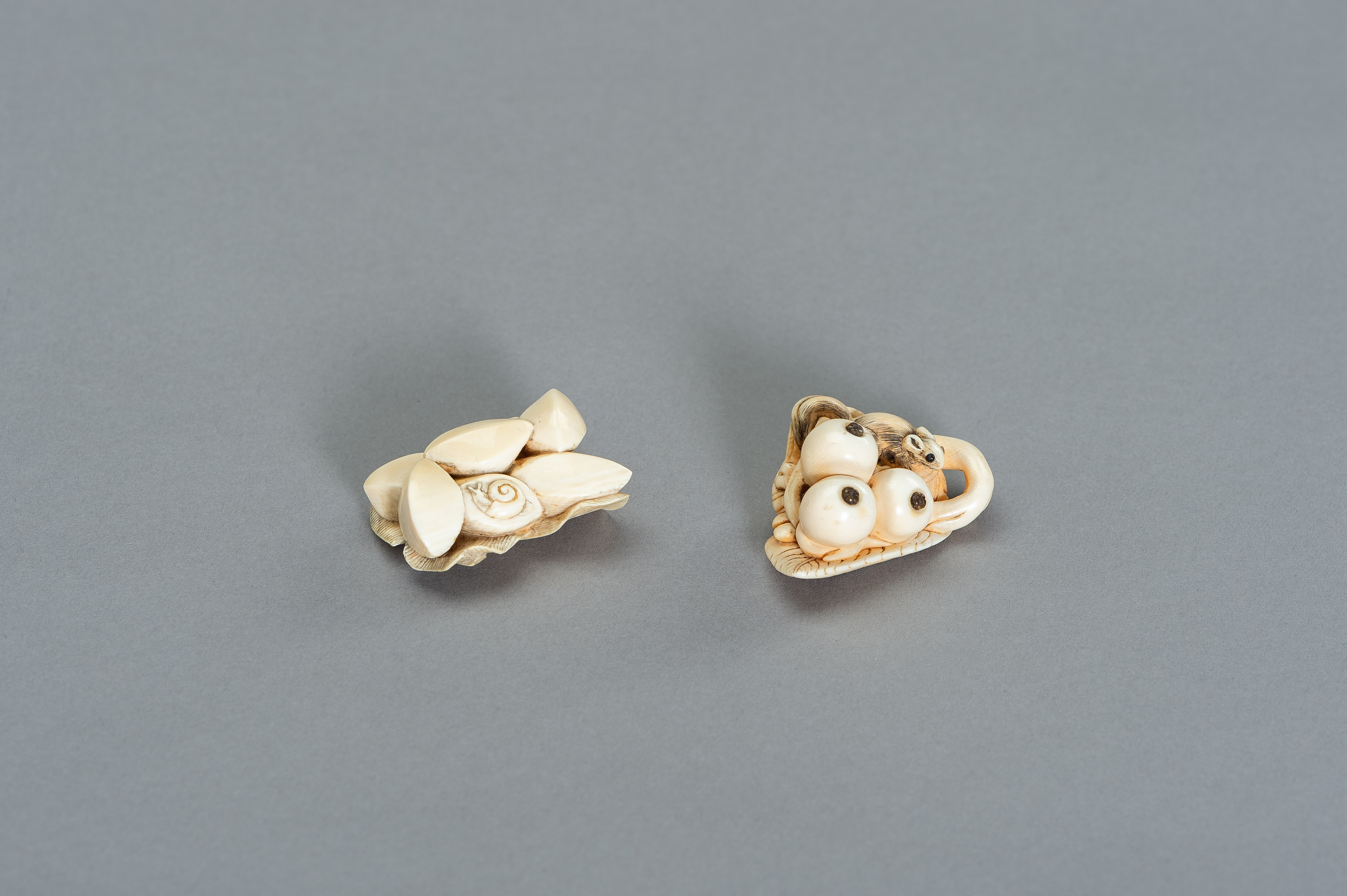 TWO STILL LIFE IVORY NETSUKE WITH SMALL CREATURES - Image 2 of 3