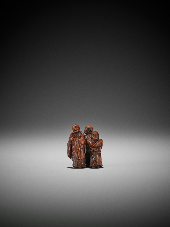 GYOKUZAN: A WOOD NETSUKE OF THE THREE SAKE TESTERS - Image 2 of 3