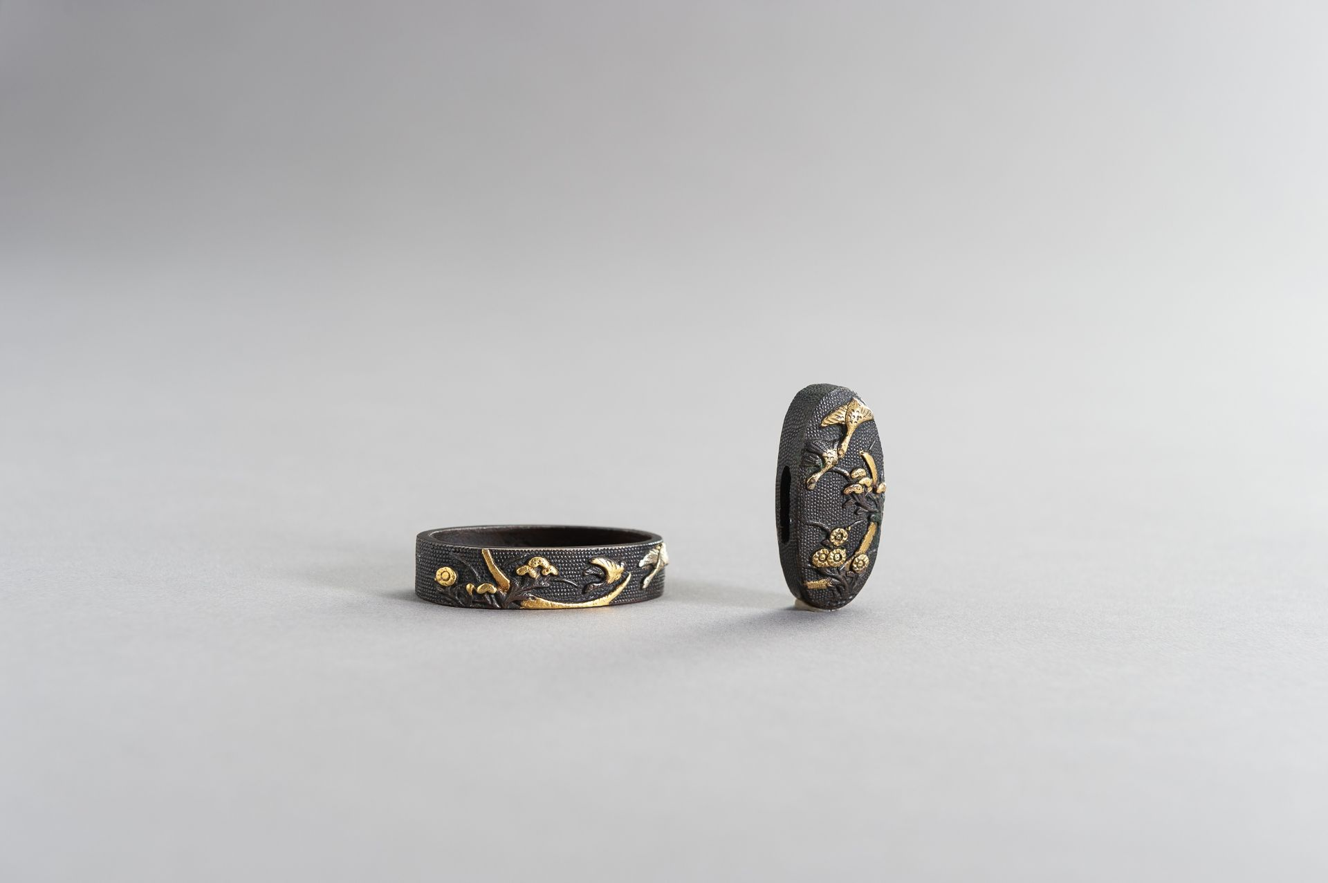 A FINE FUCHI AND KASHIRA WITH GEESE AND MOON - Image 2 of 7