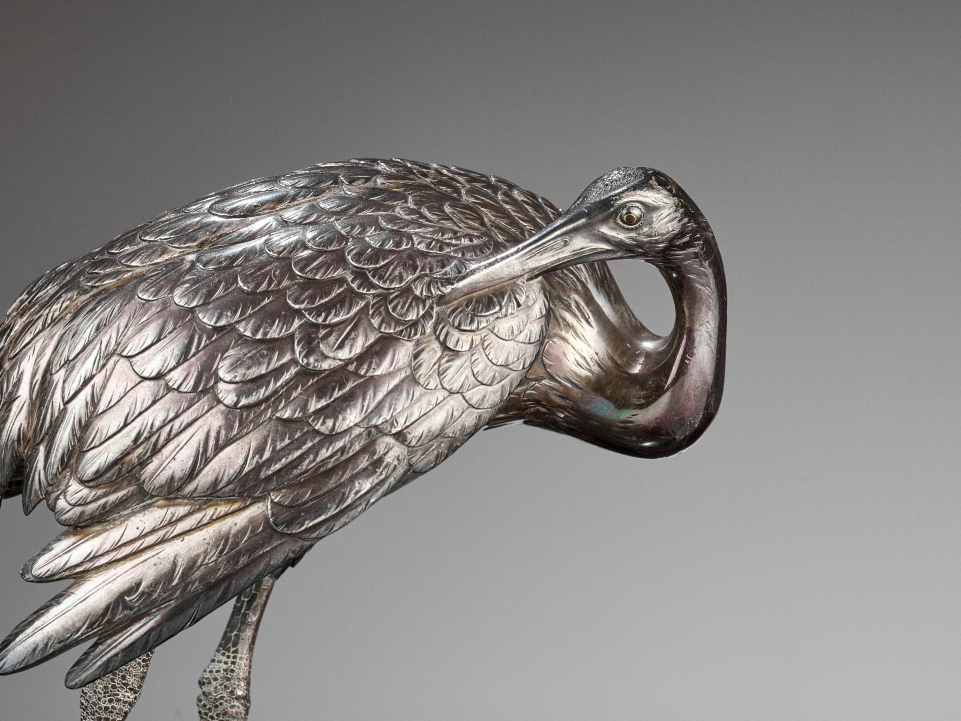 MUSASHIYA: A FINE AND RARE SILVERED OKIMONO OF A PAIR OF CRANES - Image 3 of 11