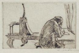Mohr, Arno - Selbst, zeichnend an der Druckerpresse