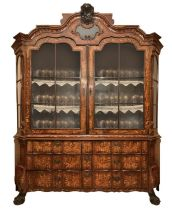 Important Dutch crystallier entirely inlaid, two upper doors with glasses and six drawers at the bas