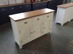 Chester White Painted Oak 3 Door Large Sideboard (DAMAGED) (I33 -NC-3DS-W)