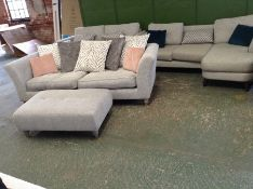 SILVER PATTERNED 3 SEATER & FOOT STOOL HH22-700668