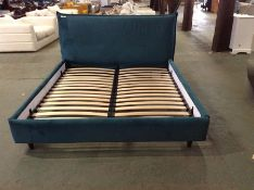 GREEN VELVET 6 FT BEDFRAME (RETURN) (WM27-K278)