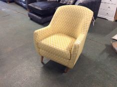 YELLOW PATTERNED ACCENT CHAIR (DAMAGED FRONT FOOT
