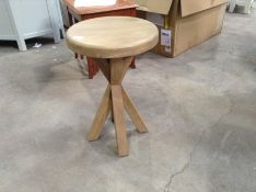 Wessex Smoked Oak Round Side Table (CH-M60 -HO-RSI