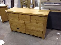 WINCHESTER OAK 3 OVER 4 CHEST OF DRAWERS (HANDLES
